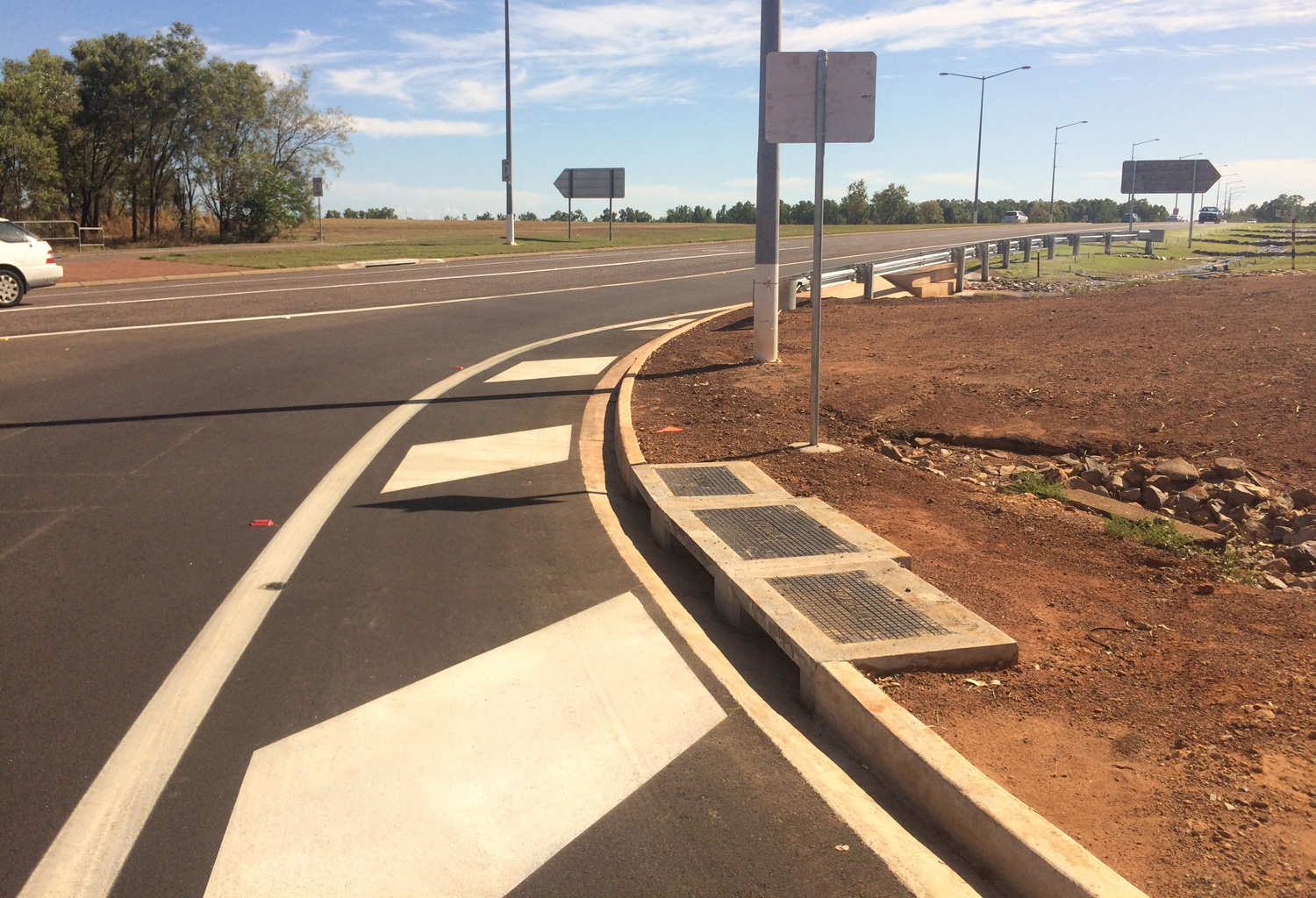 Amy Johnson Avenue / Stuart Highway Intersection Works Complete
